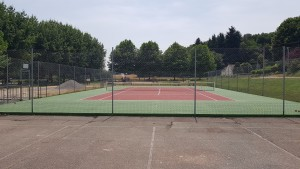 spécialiste de court de tennis