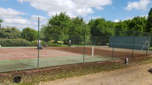 Nettoyages démoussage de court de tennis