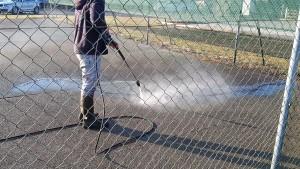 nettoyage démoussage terrain de tennis