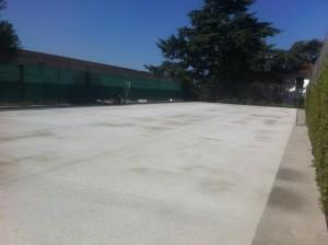 rénovation de court de tennis en béton poreux