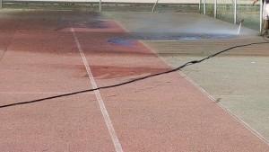 Nettoyage de court de tennis