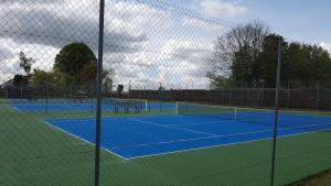Courts de tennis après la peinture